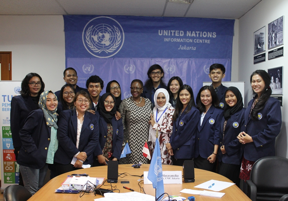 "[:en]Kunjungan Mahasiswa HI, FISIP ke United Nations Information Center (UNIC) ""Introduction To The United Nations In General""[:]"