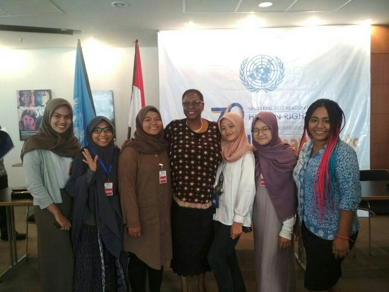 Dosen dan Mahasiswa Prodi HI berpartisipasi dalam kegiatan Human Rights Day oleh UNIC, Jakarta (15/12/17)