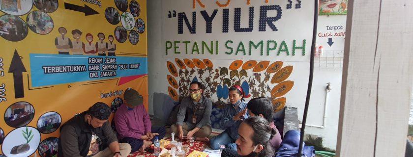Pola Hidup Sehat Masyarakat Pasca Pandemi COVID-19 di Kelurahan Petukangan Utara, Jakarta Selatan