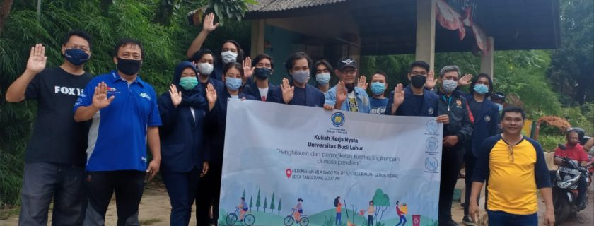 Mahasiswa FISIP Lakukan Penghijauan dan Peningkatan Kualitas Lingkungan di Vila Dago Tol Serua