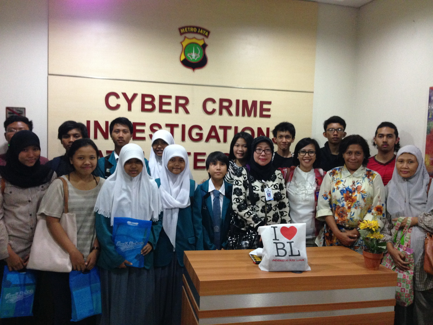 "Seminar Kriminologi: ""The Age of Cyberbullying and Cyberharassment"""