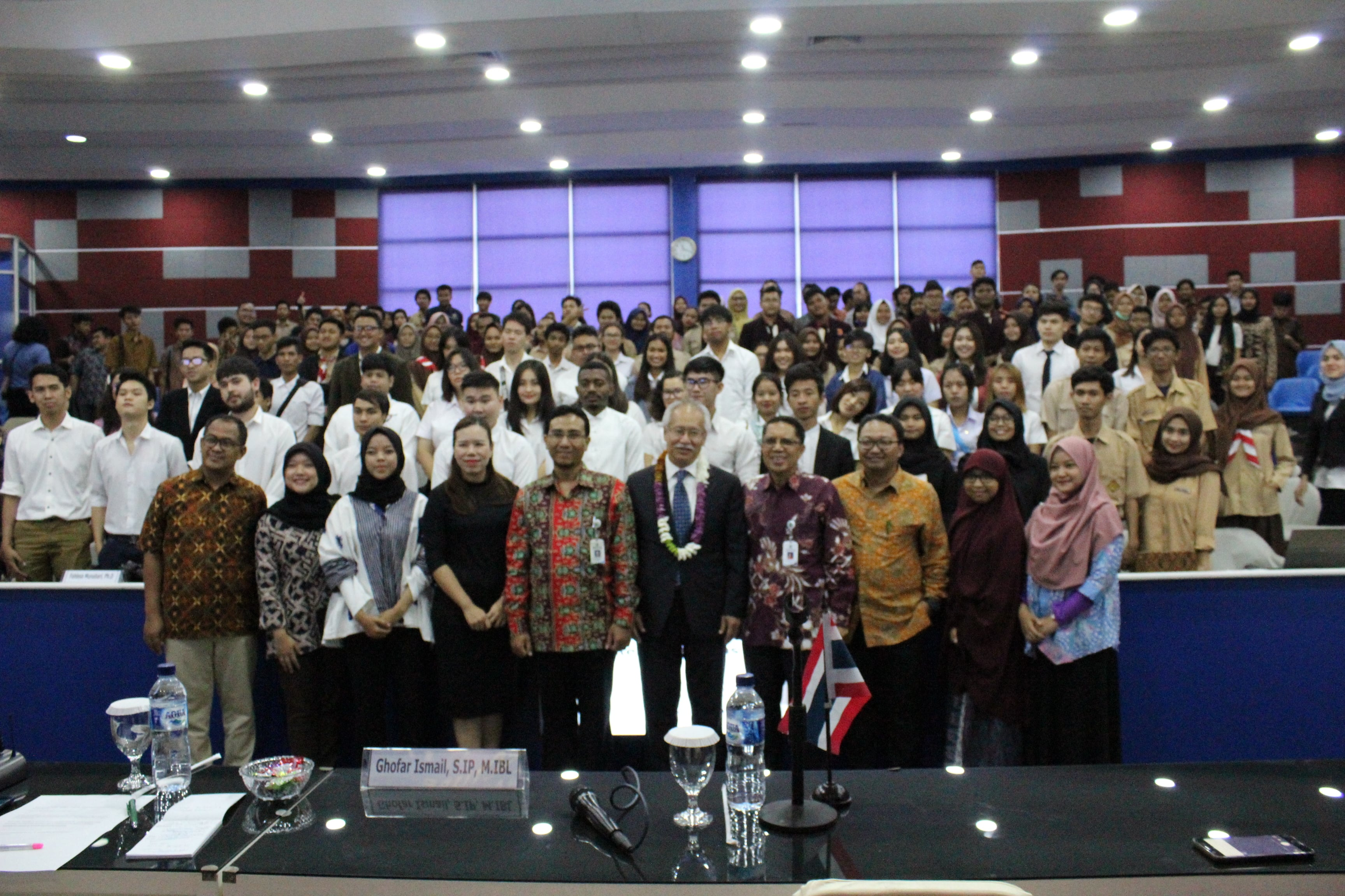 "General Lecturer: ""The Dynamics of Indonesia-Thailand Bilateral Relationship""  dalam kegiatan: Students Visit Institute of Diplomacy International Studies Rangsit University, Thailad ke FISIP Universitas Budi Luhur"